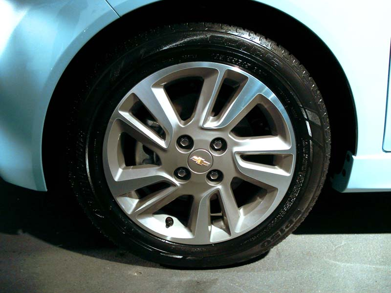 Eco tires and aluminum wheels on Spark EV